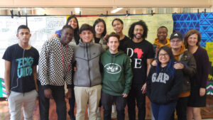 Nicole Hurd, Daveed Diggs with a group of high school students